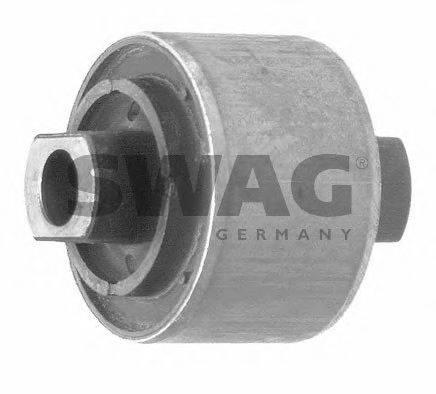 SWAG 30600031 Подвеска, рычаг независимой подвески колеса
