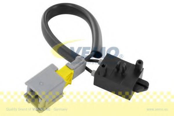 VEMO V42730009 Выключатель, привод сцепления (Tempomat); Выключатель, привод сцепления (управление двигателем)